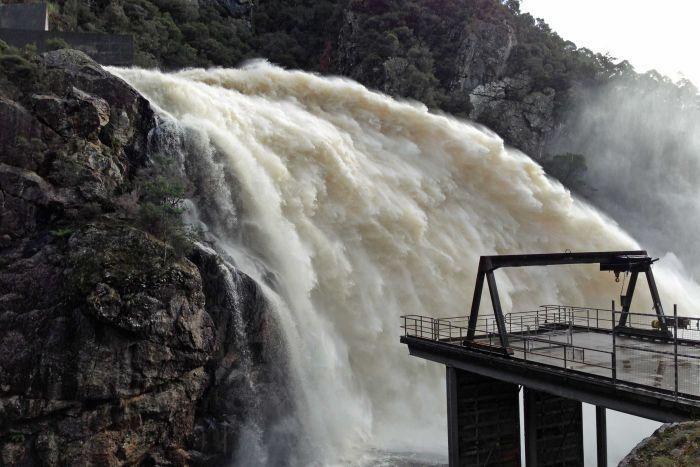 Cethana dam spillway